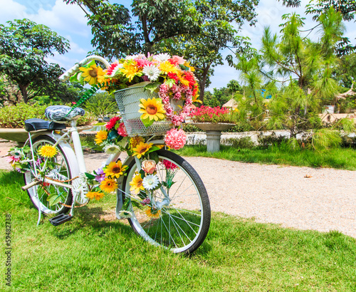 Flower on a bicycle as the decoration - 59482738