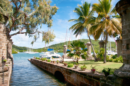 Montage in der Fensternische Karibik Nelson's Dockyard near Falmouth, Antigua, Caribbean