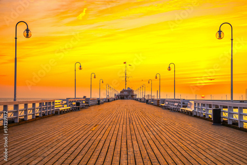 Fototapety, obrazy: Sunrise at the pier in Sopot, Poland.
