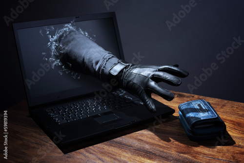 Fotografía  Internet crime and electronic banking security