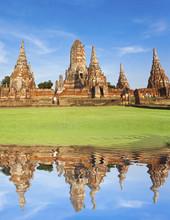 Temple De Wat Chai Watthanaram...