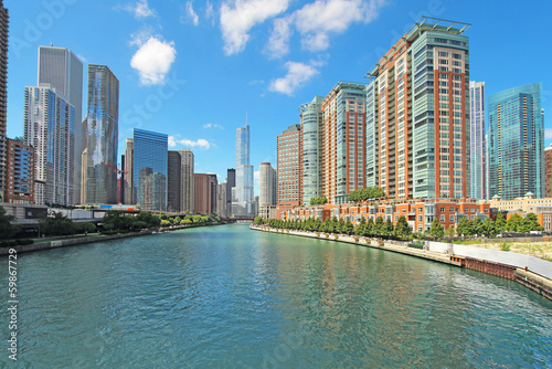 Foto op Plexiglas Chicago Skyline of Chicago, Illinois along the Chicago River