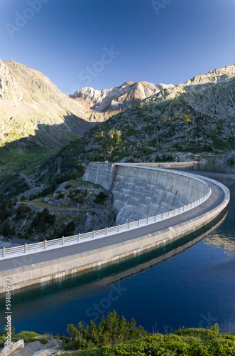 Foto op Canvas Stadion Artificial lake of the dam in the Pyrenees