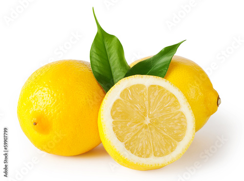 Fotografia  Three lemons with leaves