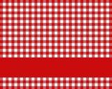 Rot-weiße Tischdecke mit rotem Streifen