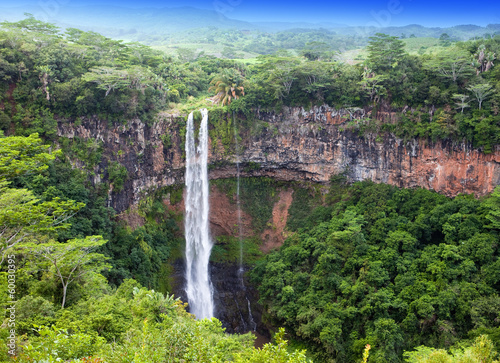 Obraz na plátně Chamarel waterfalls in Mauritius