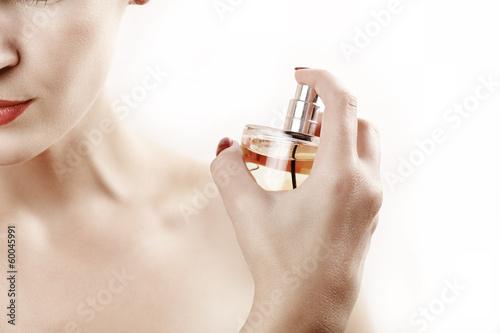 Fototapeta Parfume spray obraz