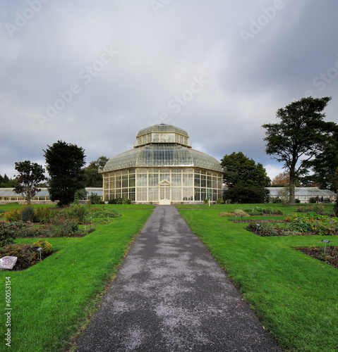 Photo  A glasshouse of The National Botanic Gardens in Dublin, Ireland
