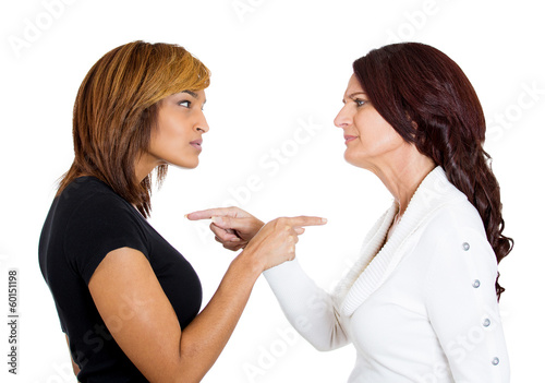 Photo Two angry upset women having arguments frustrated