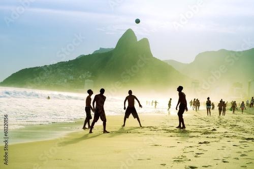 Poster Brésil Carioca Brazilians Playing Altinho Futebol Beach Soccer Football