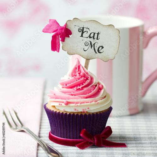 "Photo  ""Eat Me"" cupcake"