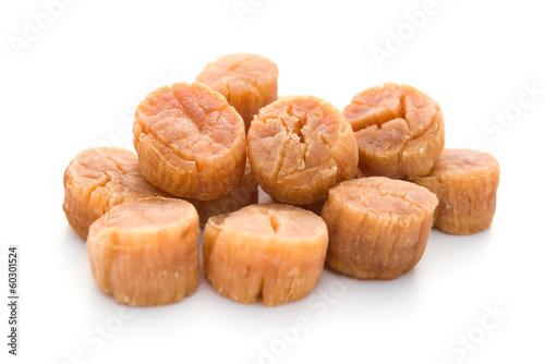 Stampa su Tela dried scallop on a white background
