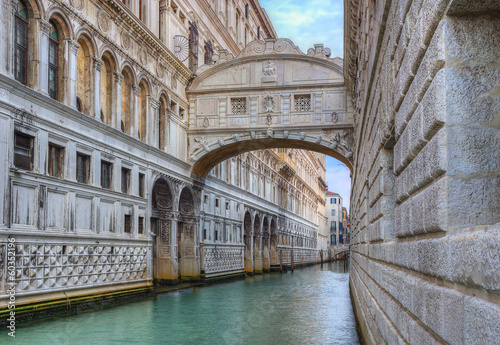 Stickers pour porte Venise bridge of sighs ( ponte dei sospiri). Venice. Italy.