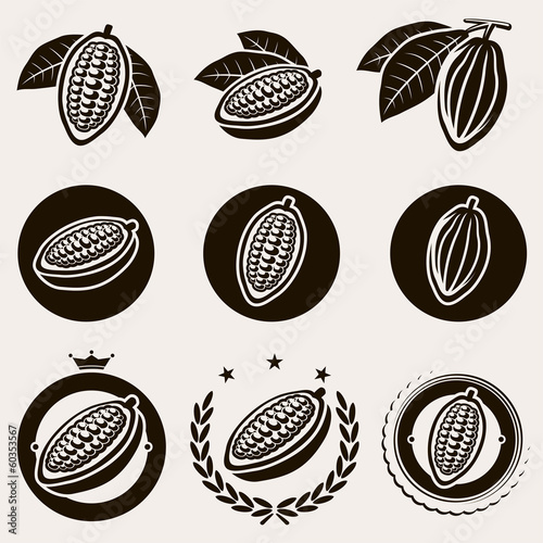 Fotografía  Cacao beans label and icons set. Vector