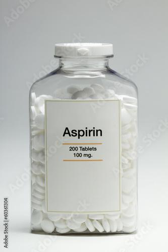 Bottle of aspirin, vertical Canvas Print