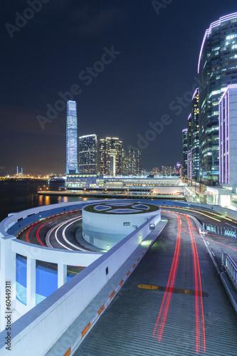 Photo  Traffic in Hong Kong at night