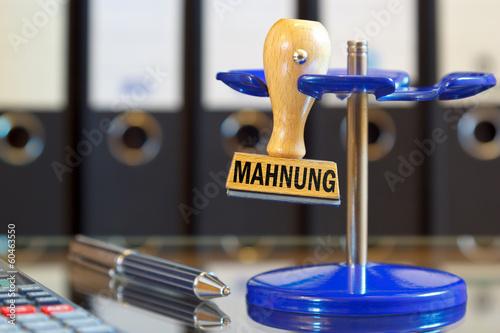 Fotografía  Stempel - Mahnung