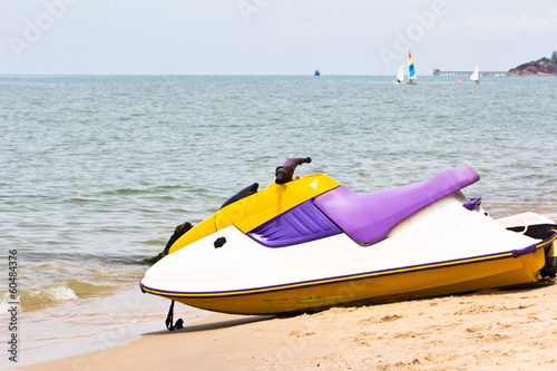 Poster Nautique motorise Watre scooter on the beach