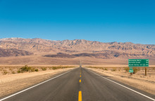 Death Valley, California - Emp...