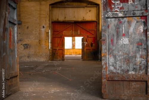 przemyslowy-wnetrze-stara-fabryka