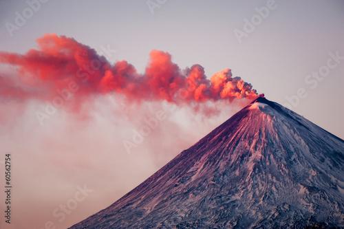 Fotografiet Active vulcano