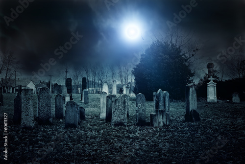 Foto op Canvas Begraafplaats Cemetery night