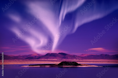 Spoed Foto op Canvas Violet northern lights aurora borealis