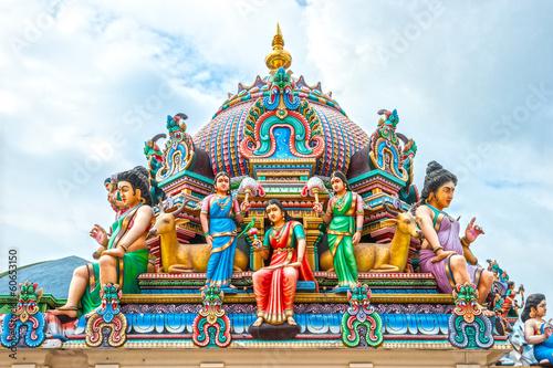 Tuinposter Singapore Hindu temple in Singapore
