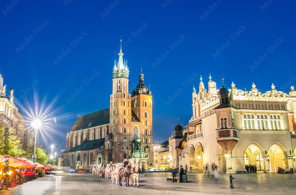 Fototapety, obrazy: Rynek Glowny - The main square of Krakow in Poland