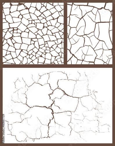 Photo  Cracked set
