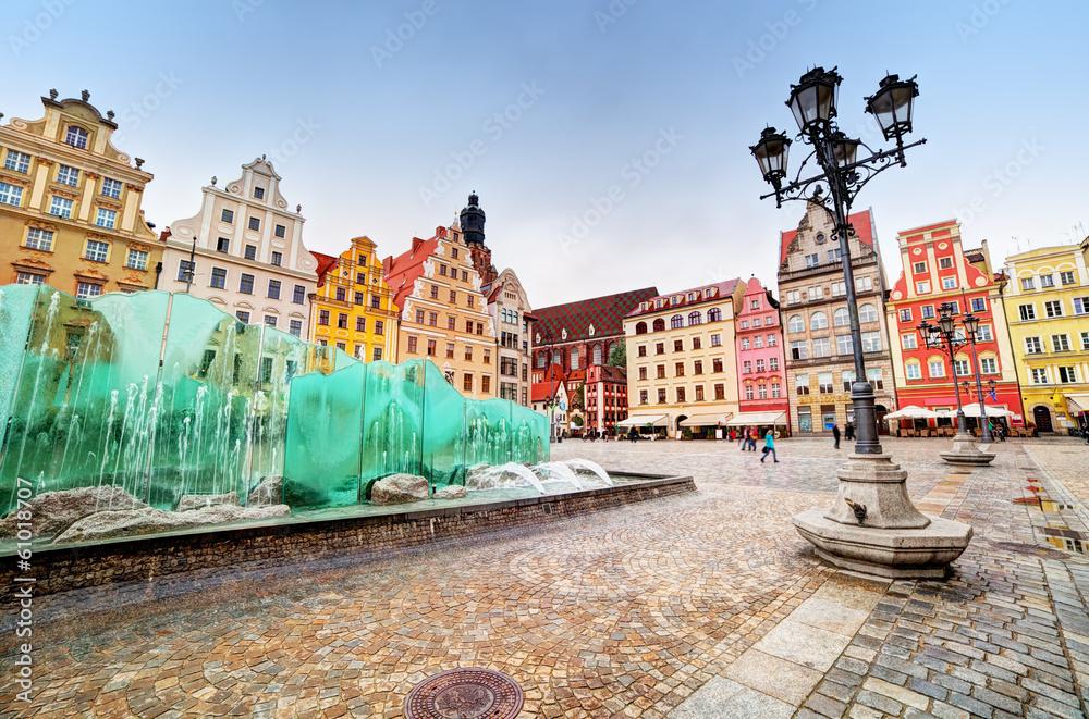 Fototapety, obrazy: Wrocław, Polska, Rynek ze słynną fontanną