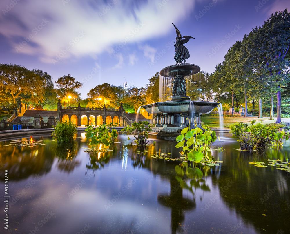 Fototapety, obrazy: Central Park, New York City at Bethesda Terrace Fountain