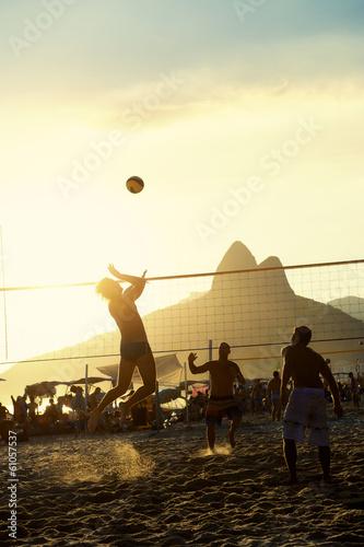brazylijczycy-gra-siatkowka-rio-de-janeiro-brazylia