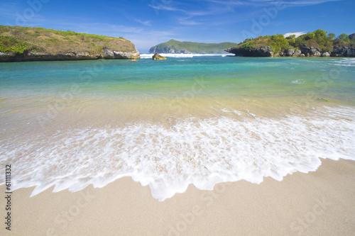 Photo  Deserted beach