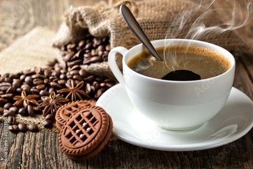 Photo Stands Coffee bar Black coffee, a cup of beans