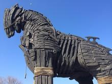Çanakkale'deki Troia Ati