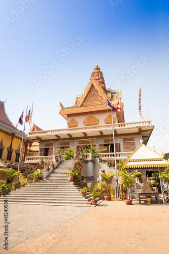 Deurstickers Bedehuis OunaLom Temple contains an eyebrow hair of Buddha. Cambodia