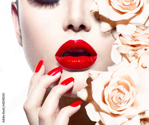 Autocollant pour porte Fashion Lips Fashion Sexy Woman with flowers. Vogue style Model