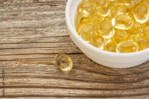 Fotografie, Obraz  fish oil capsules