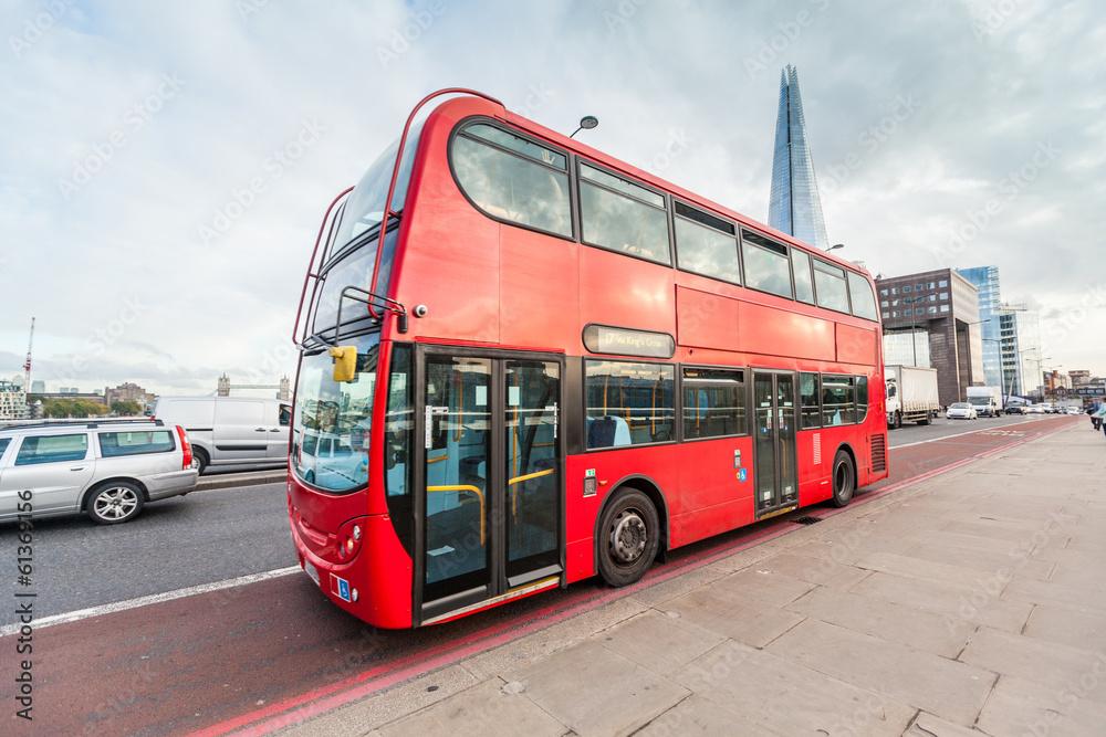 Photo  Double-Decker on London Bridge