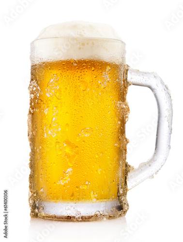 Photo Frosty mug of beer