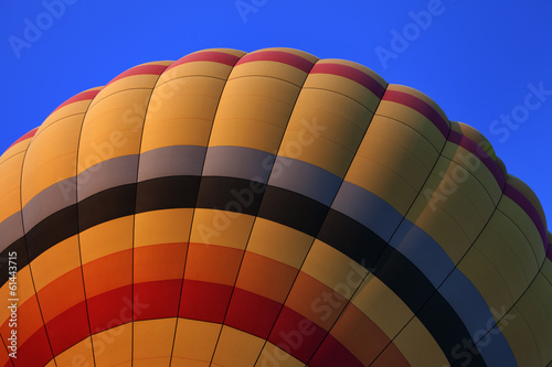 Foto op Canvas Luchtsport Hot air balloon on blue sky