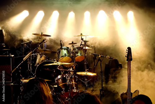 Fotografia Music Instruments, Drums/Guitar on stage