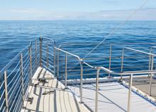 Ocean Cruise Yacht Catarmaran Railings