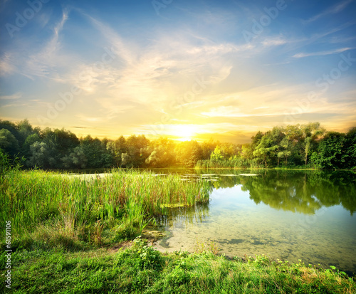 Poster Heuvel Magical sunrise over the river