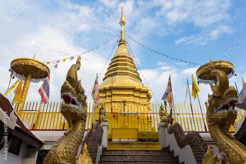 Foto op Canvas Boeddha Doikam temple