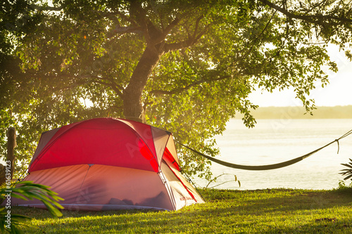 Photo sur Aluminium Camping Tent in camping
