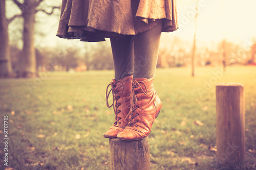 Fotografie, Obraz  Standing on a post