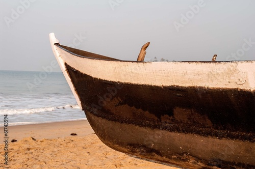 Photo Stands Ship Front view of a wooden fishing boat