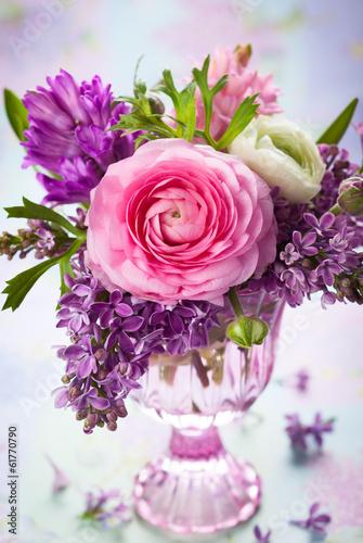 wiosenne-rozowe-i-fioletowe-kwiaty